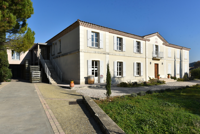 Quiot - Weingutsgebäude