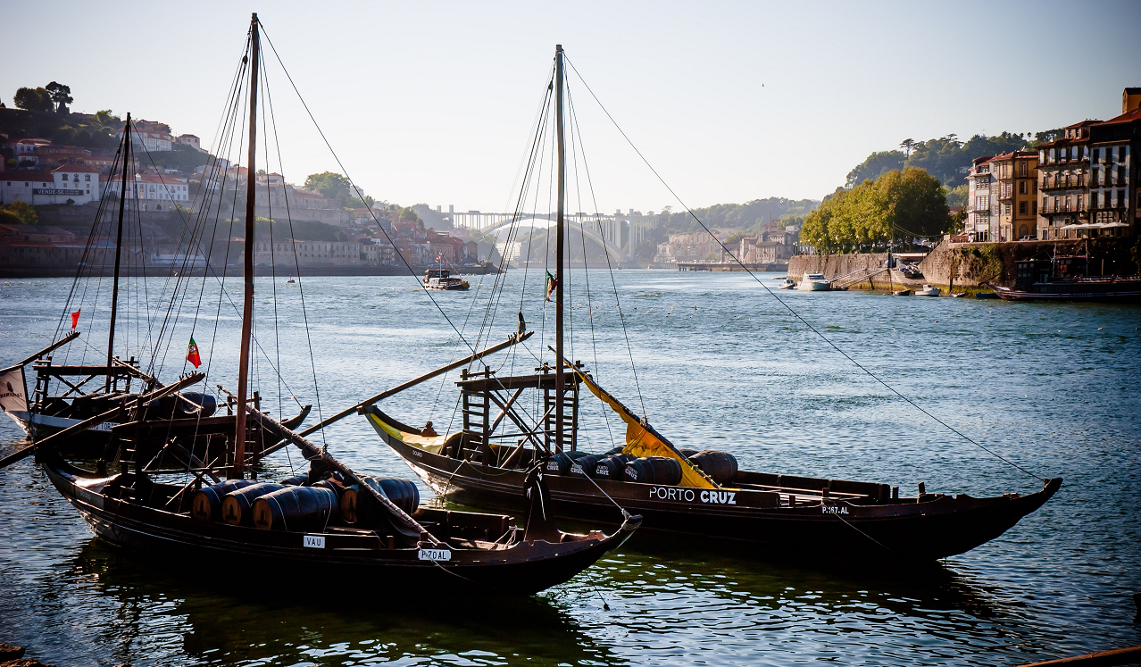 Port wine - Botter (Rabelo) for Trnsport on the Douro