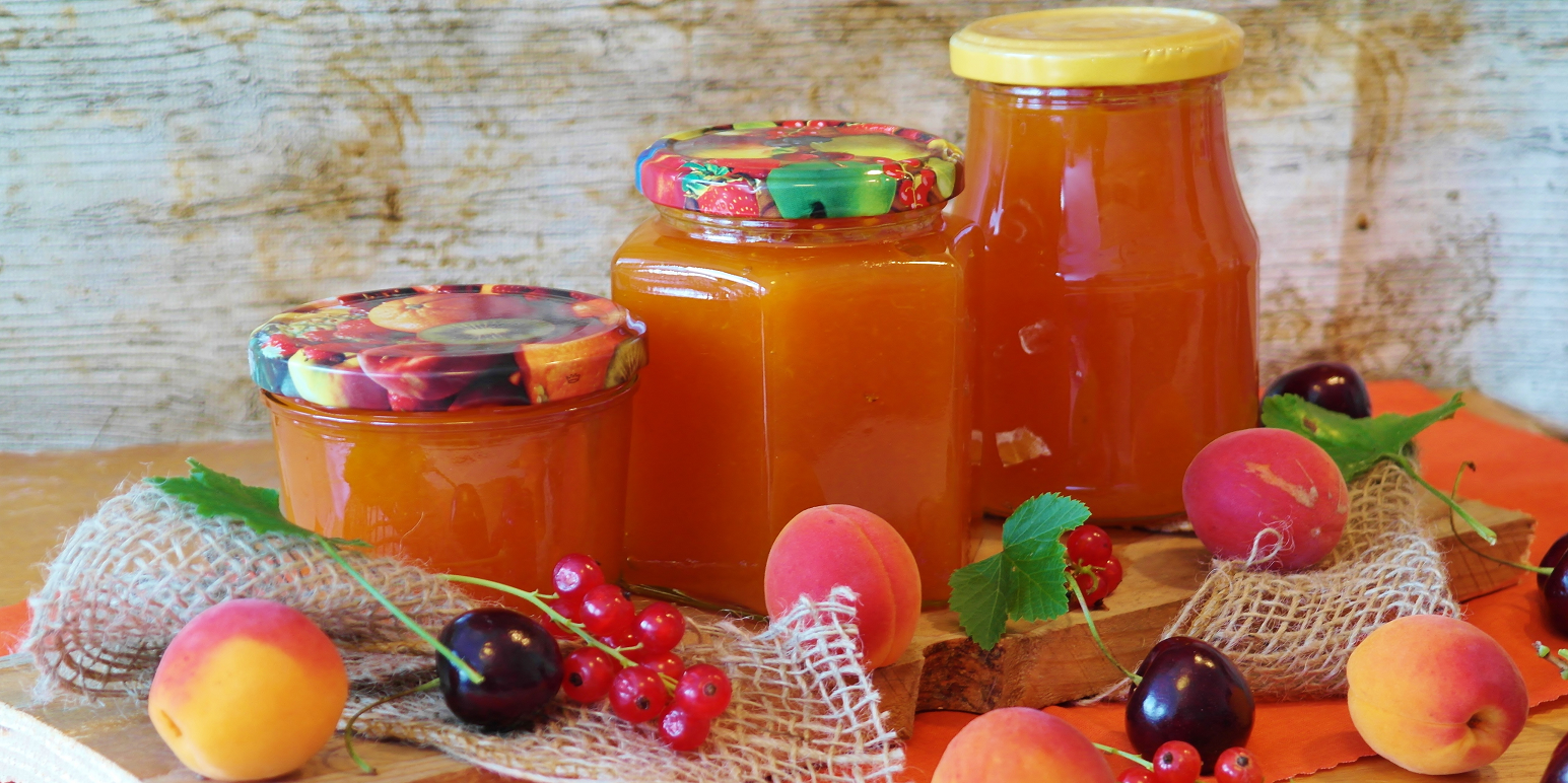 jam - jam jars and fruits