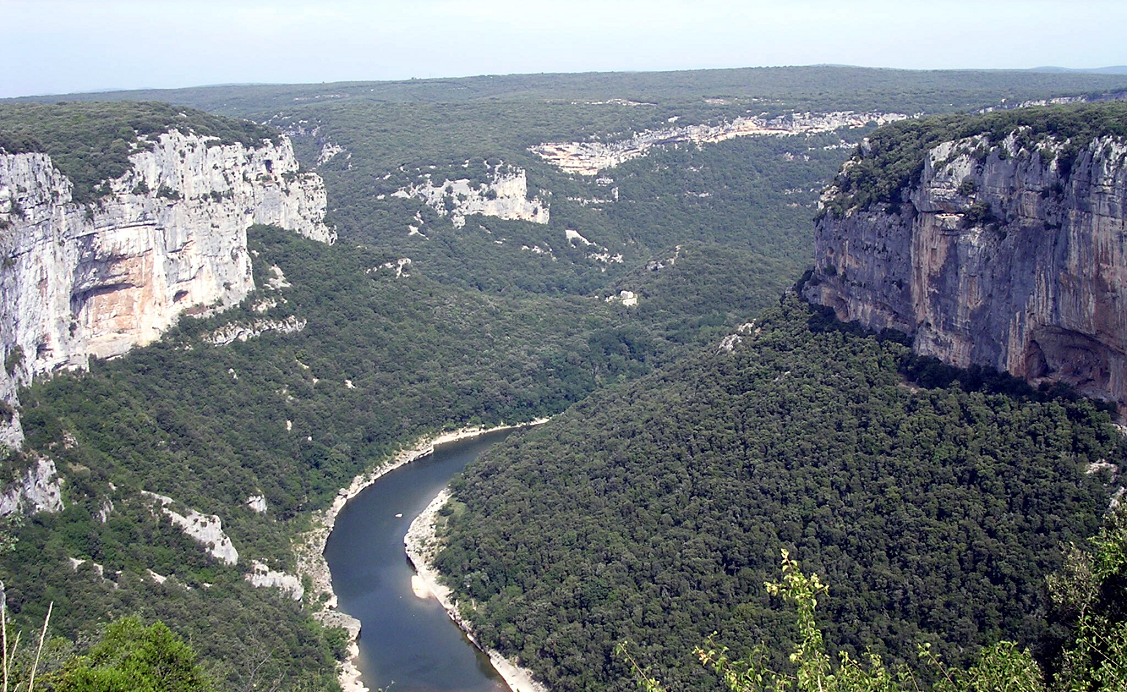 Ardèche - Ardèche gorge with the river