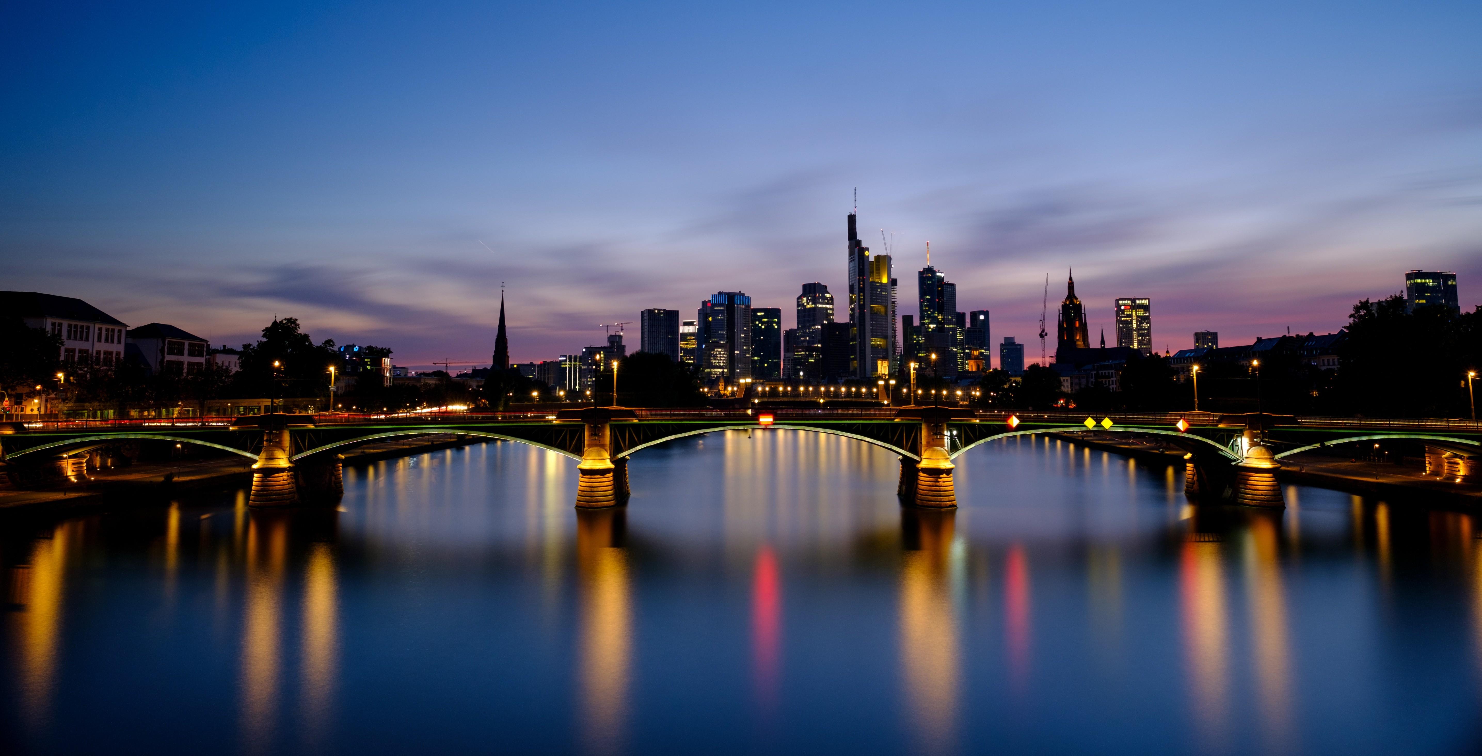 Frankfurt am Main - skyline at night